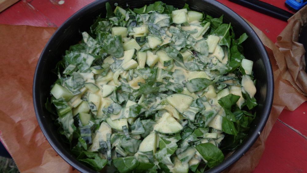 Gemüsetarte aus dem Garten – Gefüllte Tarte vorm Gang in den Ofen