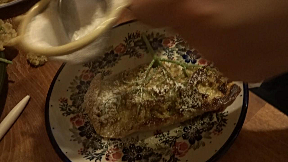 Holunderblütenküchlein backen – Puderzucker