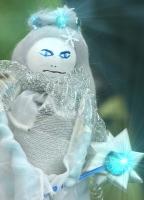 Schneekönigin im Puppenreich